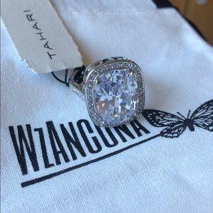 Tahari crystal ring 7 Big Square Cubic Zirconia